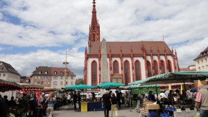 15-Marktplatz-von-Wrzburg